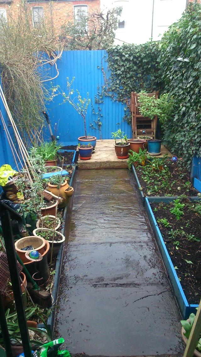 01a Into garden